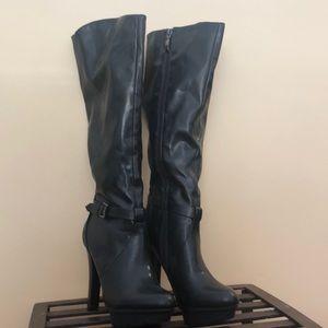 Guess patform heels